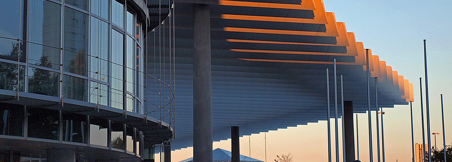 architecture-1561411_1920